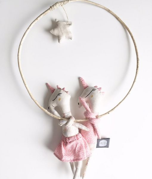 Suspension-licorne-rose-chic-mercredi