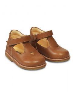 Mary-Janes-Heart-cognac-angulus